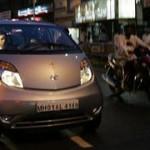 Tata Nano: in fiamme tre vetture