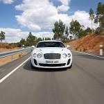 A dicembre arriva la nuova Bentley: tocca i 330 km/h e marcia anche a bioetanolo