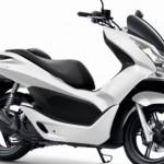 Arriva anche in Italia il PCX, lo scooter Honda dai bassissimi consumi