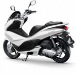 Honda PCX 125: Design accativante, riduzione dei consumi e prezzo ridotto