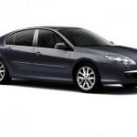 Renault Laguna, il restyling sarà presentato al Salone di Parigi