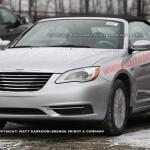 Chrysler 200 Convertibile: eccola beccata su strada