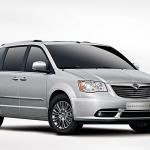 La futura Chrysler Grand Voyager ritorna con trazione 4×4 e con stile sportivo