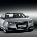 Audi A8, anche l'ammiraglia diventa ibrida