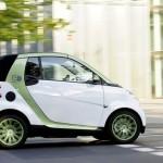 La Smart ForTwo 2012 sposa la linea elettrica