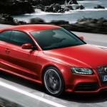 Audi RS5 coupé, la pista arriva in strada