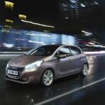 Prime immagini per la nuova Peugeot 208