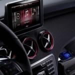 Nuova Mercedes Classe A, ora ha anche l'Iphone