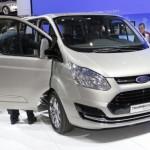 Ford Tourneo Custom, generoso e semplice