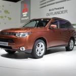 Mitsubishi Outlander, arriva la versione ibrida