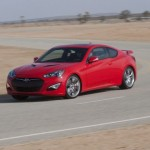 [VIDEO] Hyundai Genesis Coupè sfida una freccia