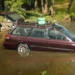 Dopo 3 mesi in un lago, una Subaru Legacy parte al primo colpo