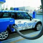 Le auto elettriche? tutti le vogliono,pochi le comprano