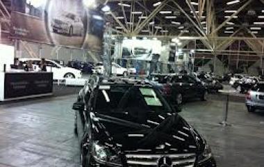 Aston Martin e Mercedes-AMG