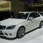 Mercedes Classe C a passo lungo per la Cina