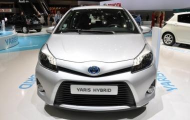 yaris-hybrid